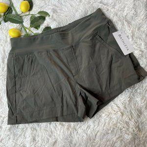 Athleta Olive Trekkie North Short Sz 16 Shorts